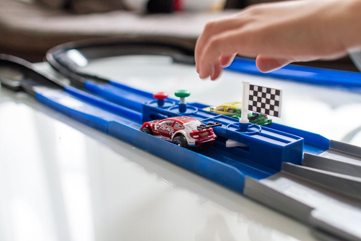 900 km/h schnelle Modellautos. Ist das möglich?