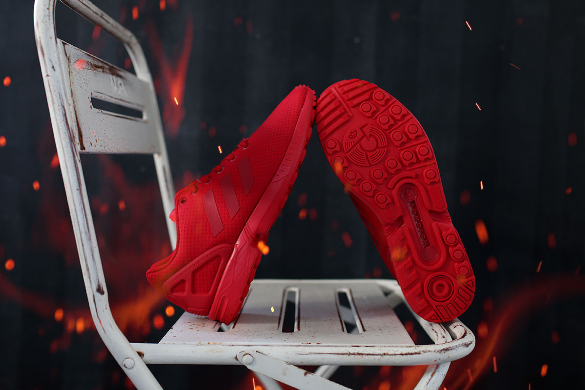 On Fire – Der Adidas All Red ZX Flux Mono