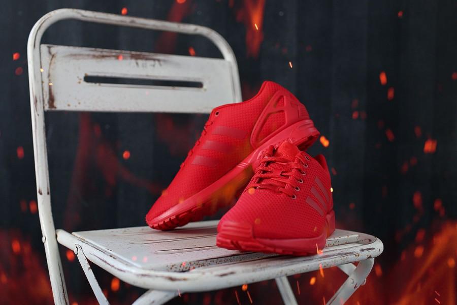 On Fire – Der Adidas All Red ZX Flux Mono