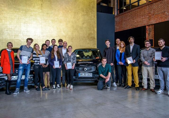 Rauschenberger stellt smart fortwo und VVS-Abo für Azubis