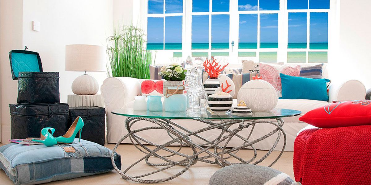 Beachhouse Flair Trend4Rooms