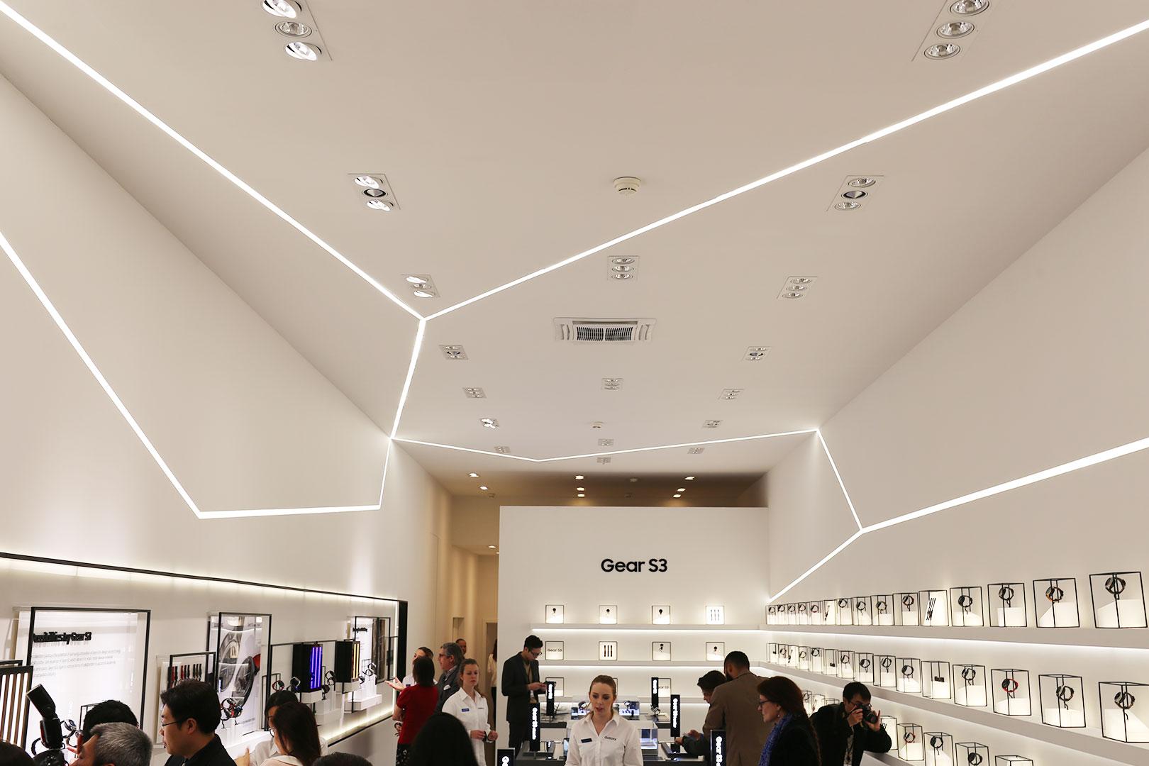 Baselworld Samsung Gear