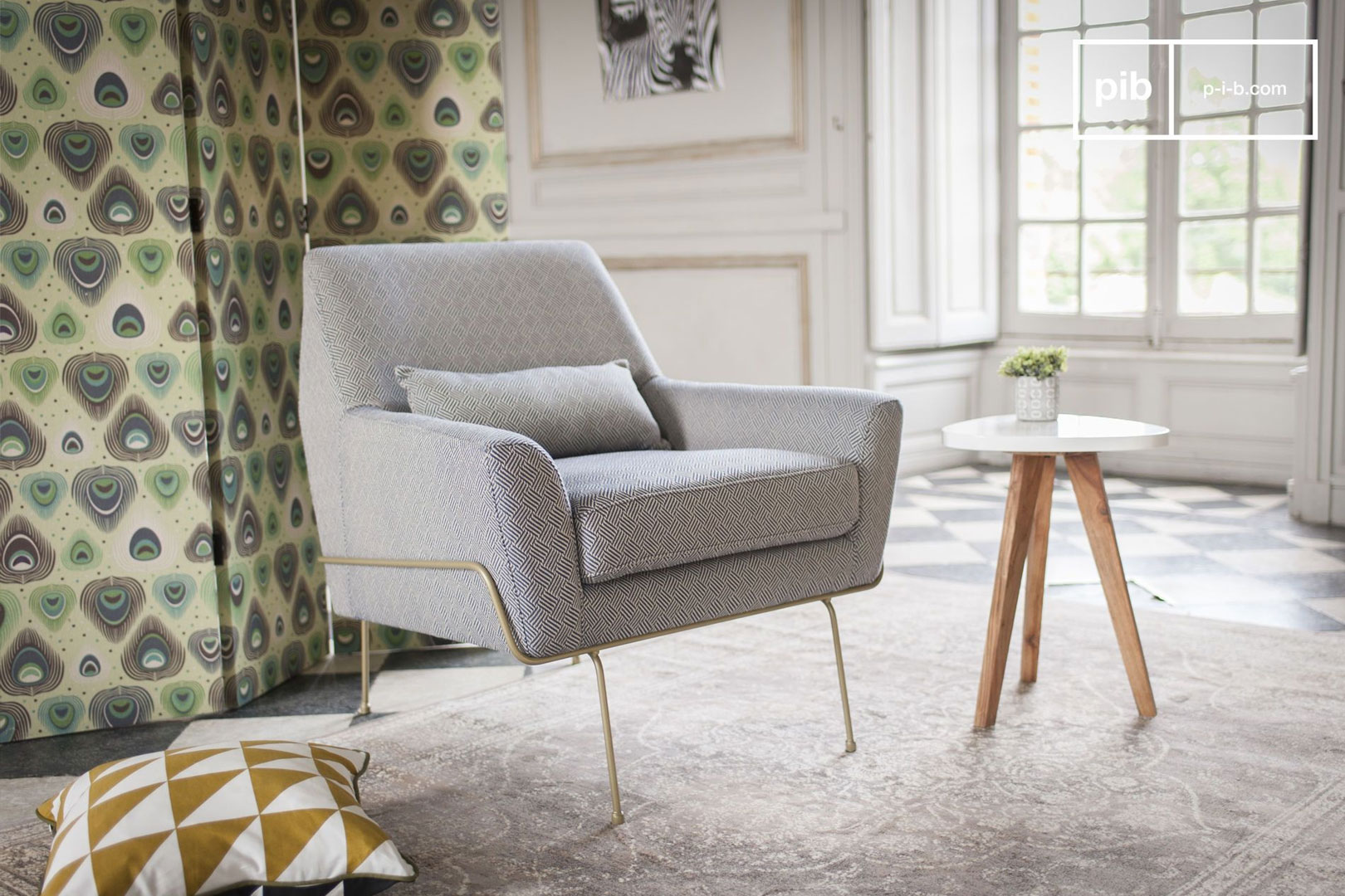 Retro-Sessel mit 60er Jahre-Muster