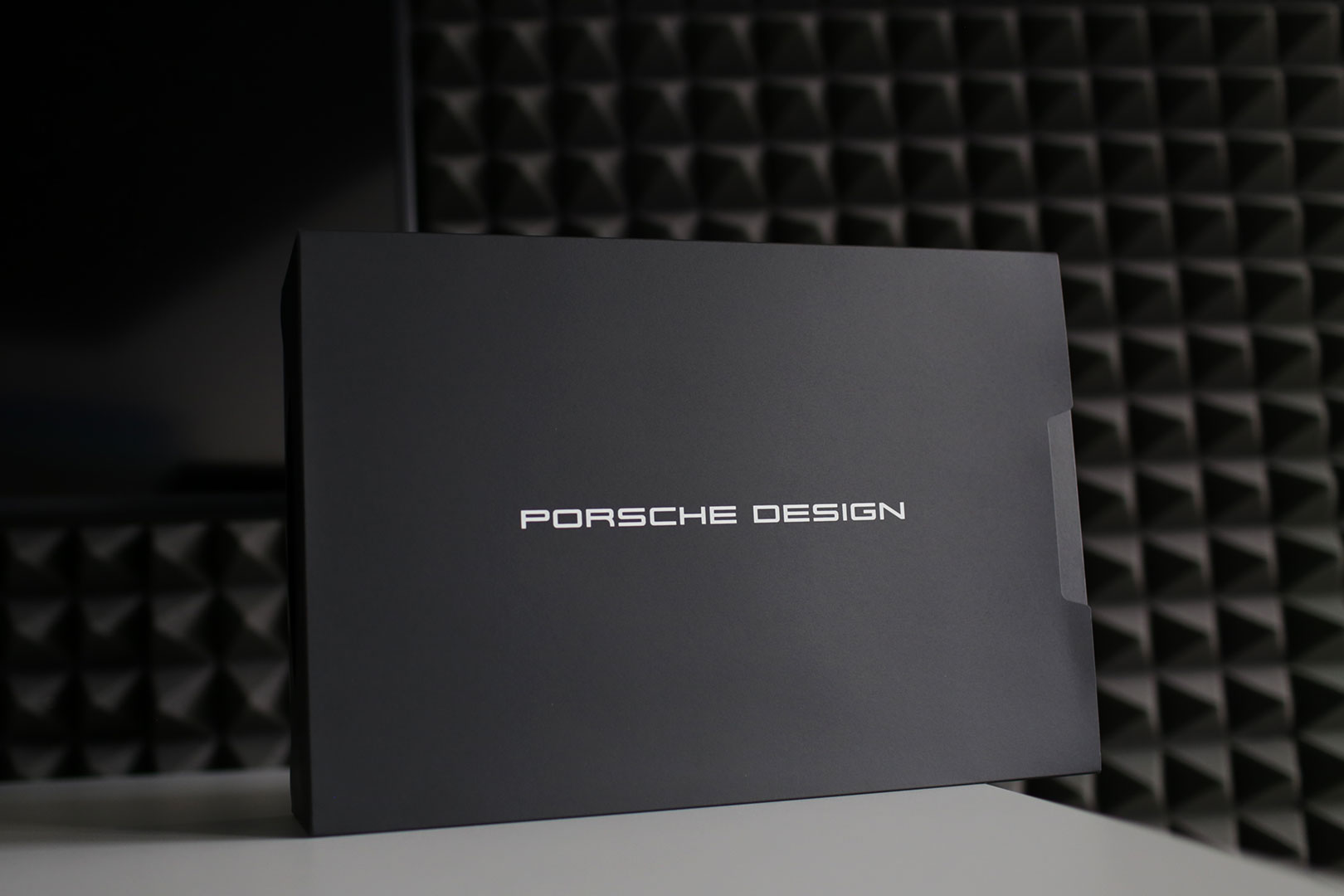 Das Porsche Design Acer Book RS