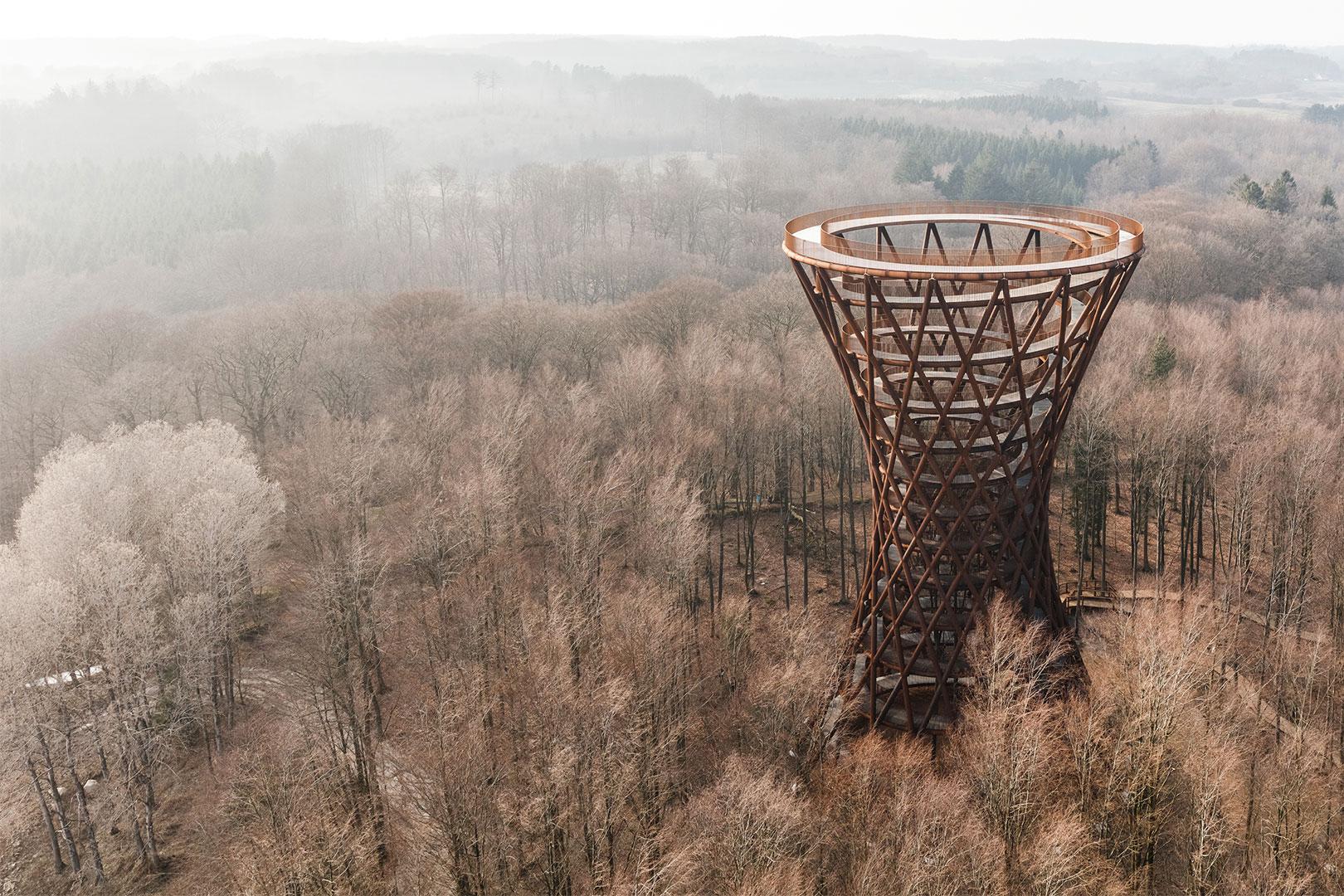 Effect's Monumental – 360-Grad Ansicht über dänisches Wildnis