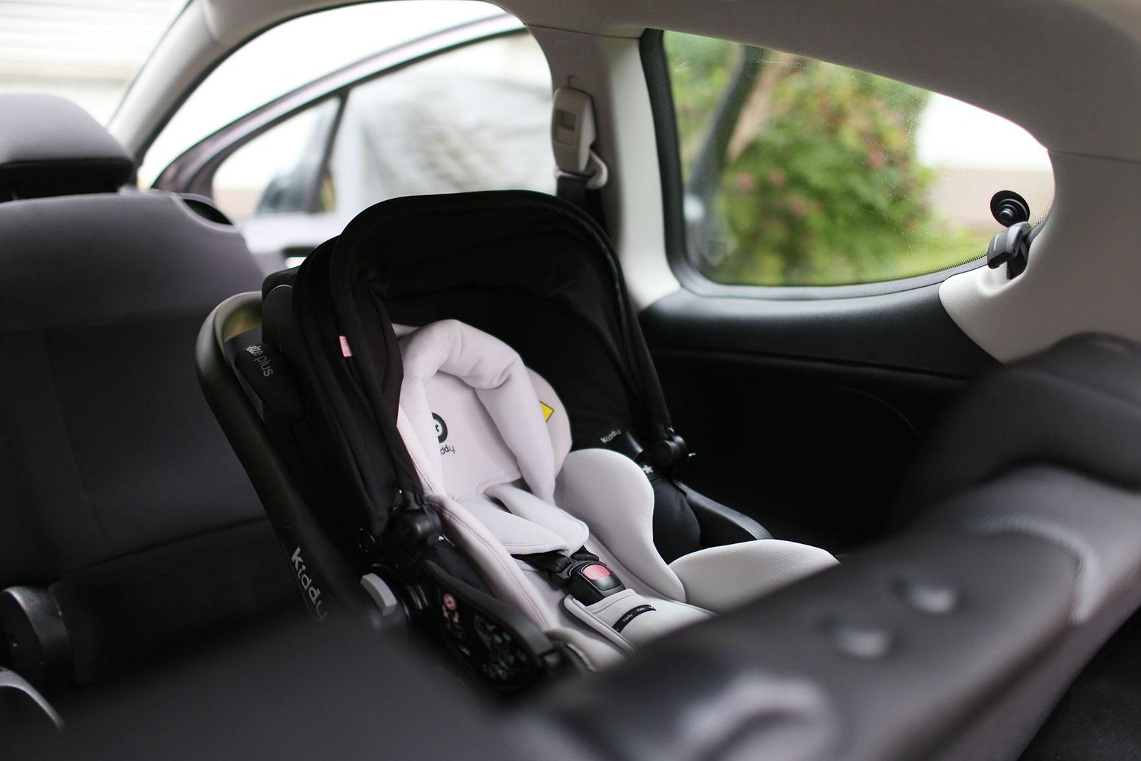 Maximale Sicherheit mit Babyschalen von Kiddy