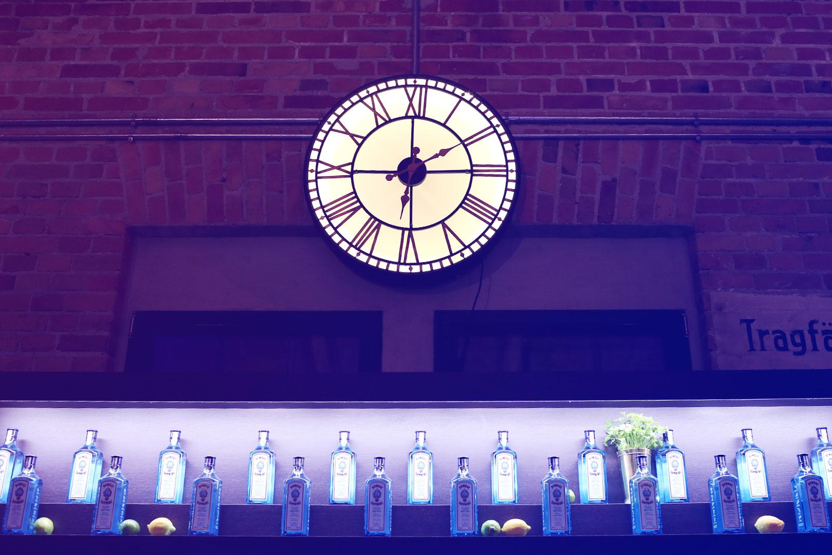 Zeit für einen Drink an der Bar