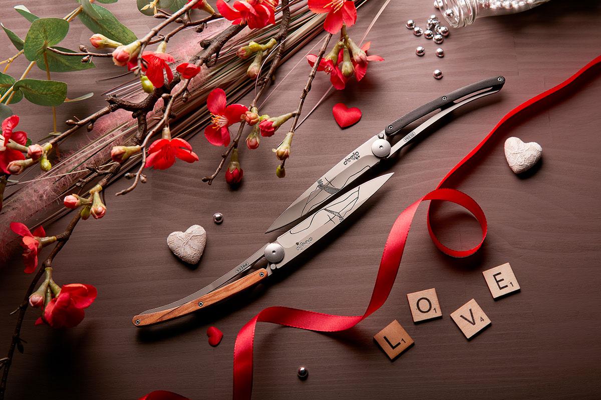 Kreiere und tätowiere dein individuelles Messer mit deejo