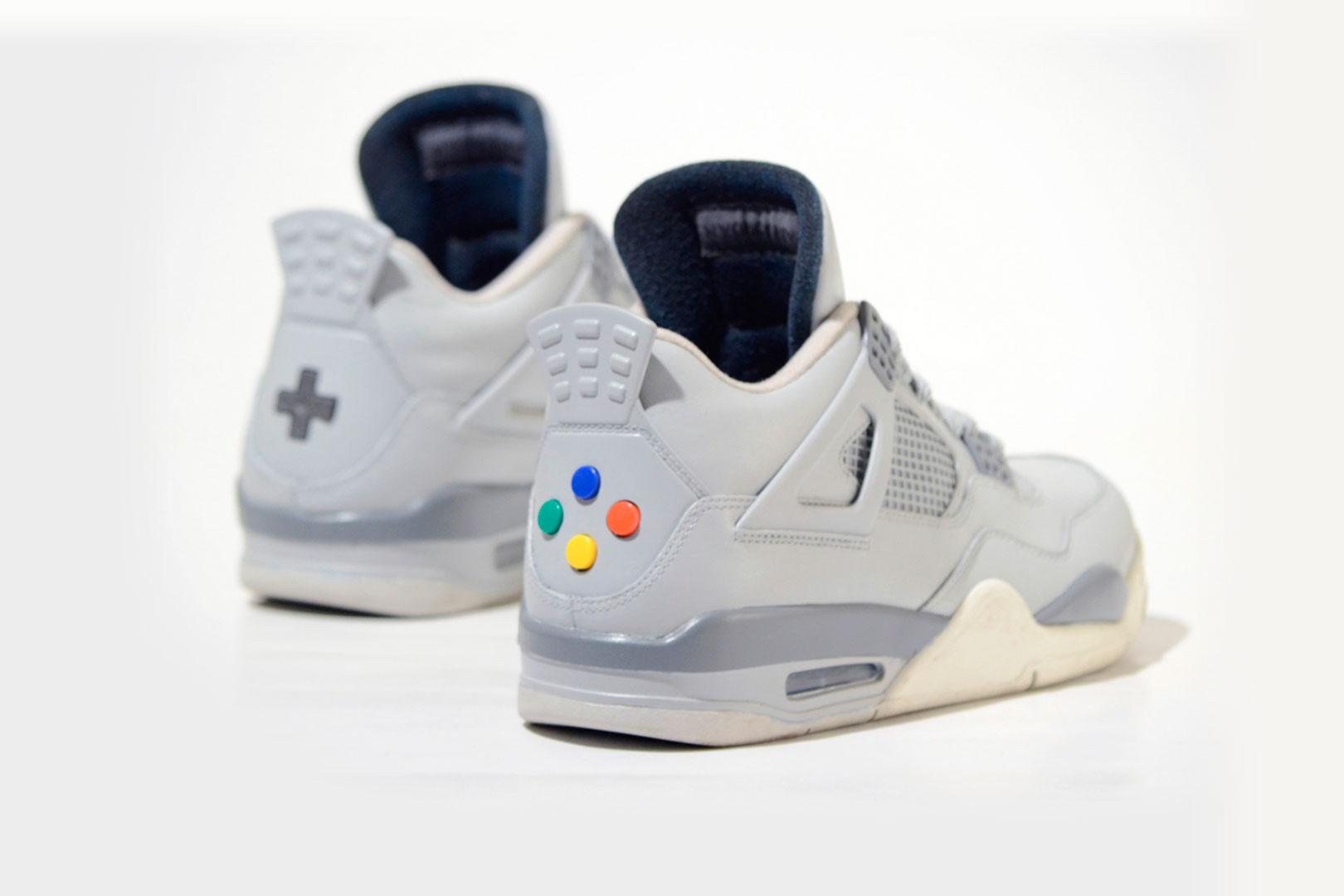 Custom Nike 'Air Jordan Nintendo' mit drückbaren Buttons