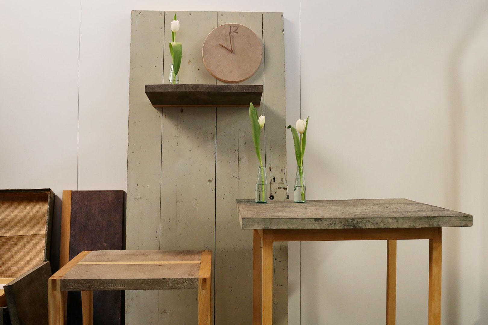 Möbel aus Papier von Cenzig Hartmann