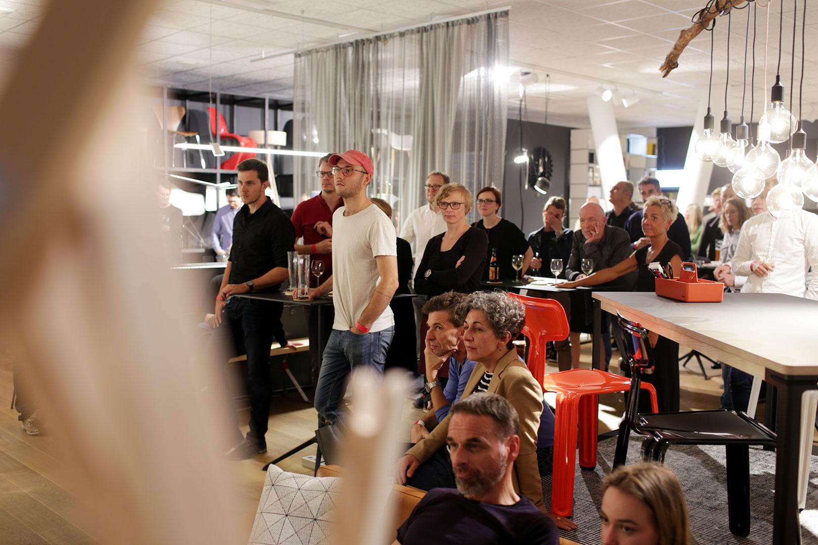 Meet the Designer: Nils Holger Moormann zur Fragestunde bei smow Stuttgart