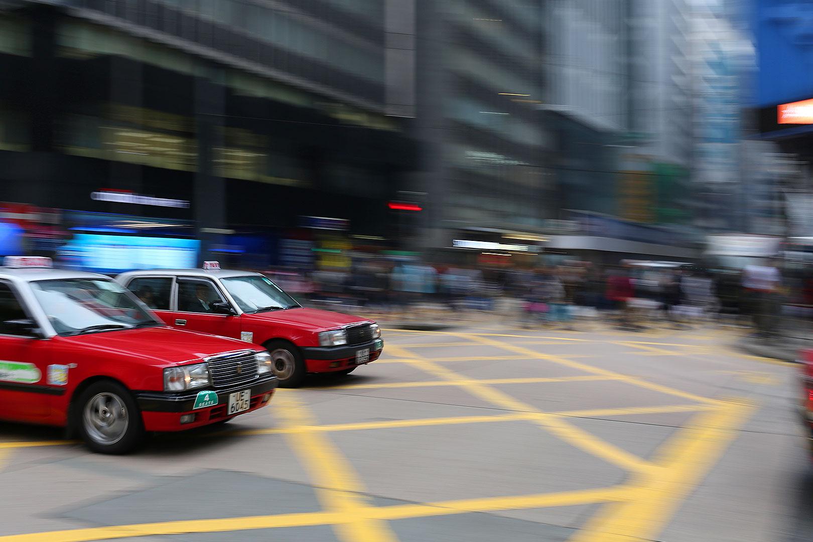 Hongkong bei Tag – wie du dich in den Straßen der chinesischen Metropole verlieren kannst