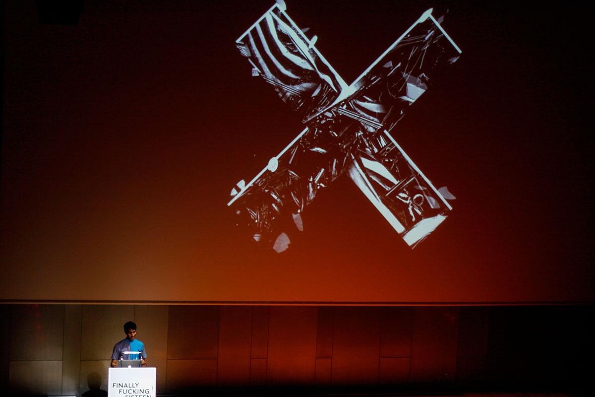 Performative Design von Saad Moosajee auf der OFFF 2015