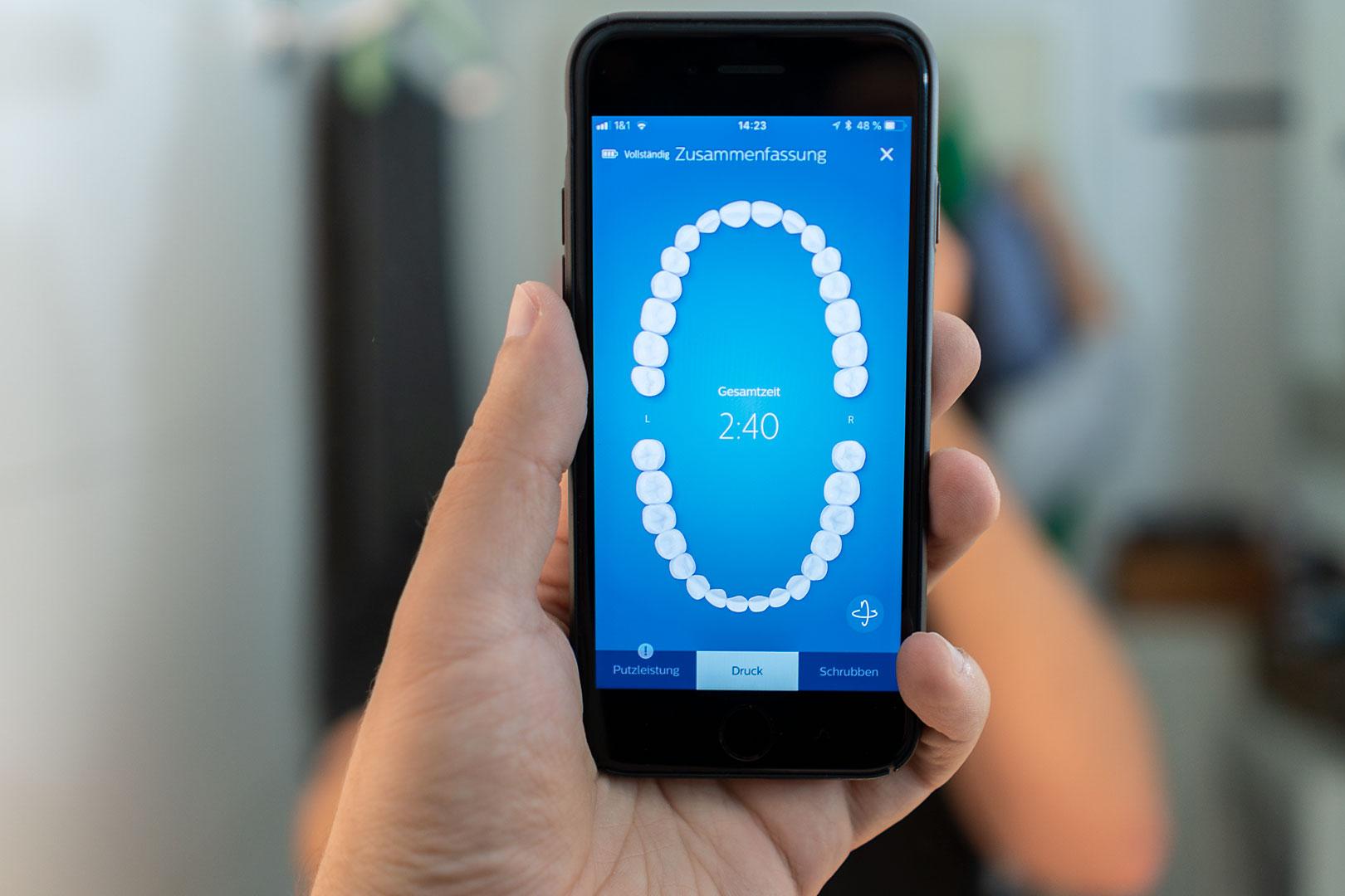 Gewinne eine intelligente Schallzahnbürste – die Sonicare DiamondClean Smart